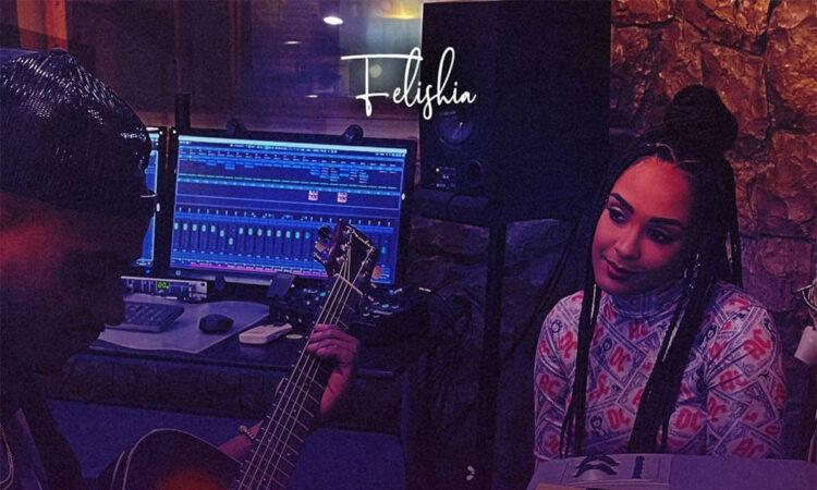 Felishia - Nota 5